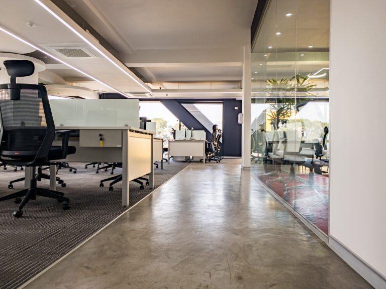Workstations corridor